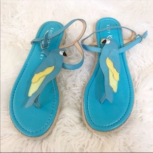 """Katy Perry """"The Polly"""" Parrot Sandals"""